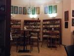 Zákoutí z kavárny-baru Sádrový ježek, kde se čtení konalo. Příhodné místo, co říkáte?